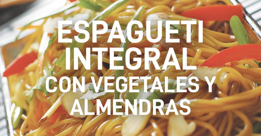 Imagen de la receta Espagueti integral con vegetales y almendras